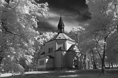 Kaple svatého Rocha (Hustopeče) (Miklos Greczi) Tags: hustopece southmoravianregion czechrepublic chapel infra