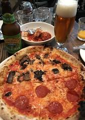#Lunch with my #AsianGirl  #Friend , #SantanaRow #SanJose (Σταύρος) Tags: pizzaantica foodie yummy bottleofbeer glassofbeer sierranevada paleale halfandhalf pepperonipizza mushroompizza pizza sliceofpizza lunch asiangirl friend santanarow sanjose beer bier birra cerveza cwrw bière ubhiya coldone kalifornien norcal cali californië kalifornia καλιφόρνια カリフォルニア州 캘리포니아 주 californie california northerncalifornia カリフォルニア 加州 калифорния แคลิฟอร์เนีย كاليفورنيا