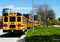 Field Trips to Milwaukee (Cragin Spring) Tags: milwaukee milwaukeewi milwaukeewisconsin wisconsin wi city urban unitedstates usa unitedstatesofamerica bus schoolbus
