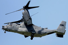 12-0065 (GH@BHD) Tags: 120065 bell boeing bellboeing v22 cv22b osprey usaf unitedstatesairforce rafmildenhall mildenhall rotor helicopter tiltrotor chopper military aircraft aviation
