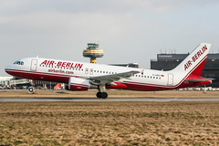 D-ABDC (PlanePixNase) Tags: aircraft airport planespotting haj eddv hannover langenhagen airberlin airbus 320 a320