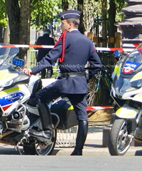 "bootsservice 19 2020668 (bootsservice) Tags: police ""police nationale"" policier policiers policeman policemen officier officer uniforme uniformes uniform uniforms bottes boots ""riding boots"" motard motards motorcyclists motorbiker biker moto motorcycle bmw paris"