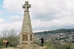 17. Pic Tor War Memorial (joe.mckie) Tags: pentaxmesuper 35mm kodakgold200 35mmfilmphotography