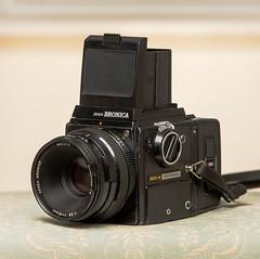 My Baby (Attila Pasek (Albums!)) Tags: analogue bronicasqa cameraporn mediumformat 6x6 camera 120film film bronica