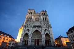 Cathédrale Notre-Dame d'Amiens, Amiens, France (廖法蘭克) Tags: amiens france 法國 亞眠 canon canon6d canonef1740mmf4l photographer photography photograph historical old oldtown frank frankineurope travel 歷史建築 歷史聚落 旅行 holiday vacation relax cathédralenotredamedamiens 亞眠主教座堂 cathedral unesco unescoworldheritage historicalbuilding 世界文化遺產 哥德式 gothic