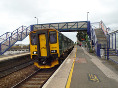 150266 Starcross (Marky7890) Tags: gwr 150266 class150 sprinter 2f33 starcross railway devon rivieraline train