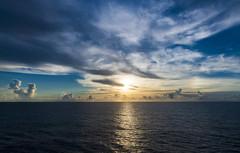 Sunset in the Indian Ocean / Закат в Индийском океане (dmilokt) Tags: природа nature пейзаж landscape море sea закат рассвет восход sunset sunrise dmilokt ins