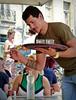 César au service sur les quais de Bayonne, début juin 2019... Reynald ARTAUD (Reynald ARTAUD) Tags: 2019 début juin pays basque bayonne quais césar service reynald artaud