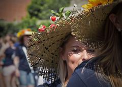 Sachsen-Anhalt-Tag in Quedlinburg (Helmut44) Tags: deutschland germany sachsenanhalt quedlinburg harzvorland sachsenanhalttag festumzug evening event kostüme
