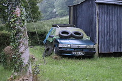 Rover Maestro Clubman (Andrew 2.8i) Tags: dumped neglected abandoned rusty spot classics classic road kingdom united streetspotting cars car street spotting carspotting uk wales british austinrover hatch hatchback 20d diesel d clubman maestro rover