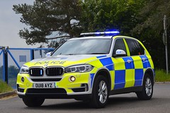 OU18 AYZ (S11 AUN) Tags: thames valley police tvp bmw x5 xdrive30d 4x4 touring anpr traffic car roads policing unit rpu 999 emergency vehicle ou18ayz