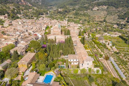 Gartenanlagen in der Kartause von Valldemossa (la Cartuja) auf Mallorca, Spanien