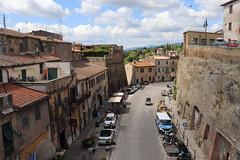 Pitigliano (The Sloths) Tags: pitigliano tuscania tuscany cyclingintuscany italy italia italian cyclinginitaly cycletouringitaly cyclingthroughitaly cycletouring