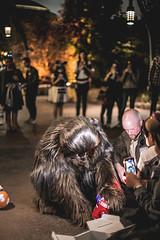 June 1, 2019 (Catarina Paton) Tags: starwars starwarsgalaxysedge galaxysedge disneyland disney disneylandresort character chewbacca lightside performer