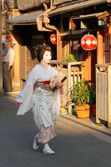 2019.05.11 Kyoto (83) (Kotatsu Neko 808) Tags: kyoto japan 京都 日本 gion 祇園 geisha maiko geiko 芸者 芸子 舞妓