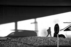 Be cautious ! (jaume zamorano) Tags: blackandwhite blancoynegro blackwhite blackandwhitephotography blackandwhitephoto bw d5500 gente lleida monochrome monocromo muro nikon noiretblanc nikonistas ombre pov people street streetphotography streetphoto streetphotoblackandwhite streetphotograph shadow urban urbana view wall