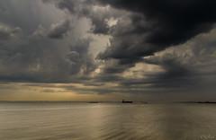 Waarde (Omroep Zeeland) Tags: westerschelde waarde slik wolken wolkenlucht scheepvaart onweer code geel zeeland nederland