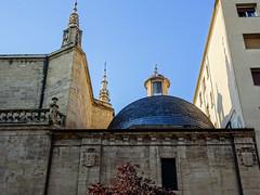 capilla cupula exterior Concatedral de Santa Maria de la Redonda Logroño La Rioja (Rafael Gomez - http://micamara.es) Tags: esp españa larioja logroño capilla cupula exterior concatedral de santa maria la redonda rioja