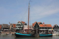 Volendam 010620193 (Tristar1011) Tags: volendam ijsselmeer nederland holland noordholland thenetherlands dankbaarheid zeeuwsepoon zeilschip