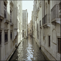 Venezia #5 (BG Sixtyniner) Tags: venice italia venezia canal narrow passage water sea buildings balconies facade old historic film analog color c41 mediumformat roll 120 square 6x6 kodak portra160 hasselblad500cm carlzeiss planar f28 80mm vuescan canoscan9000f