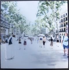 Barcelona. Les Rambles (Vinicio G.) Tags: sq6 square barcelona rambles instax
