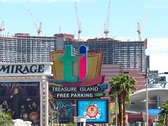 IMG_6885 (grooverman) Tags: las vegas trip vacation april 2019 canon powershot sx530 strip casino
