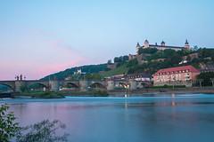 Festung Marienberg (stefanendres) Tags: festung goldene käppele langzeitbelichtung main mainbrücke marienberg stunde