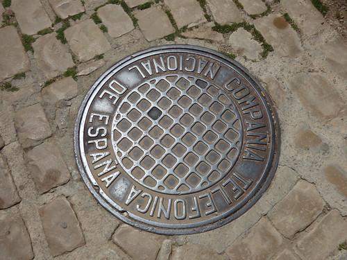 Carrer Miquel Alfonso, Montblanc - man hole cover - Compañía Nacional Telefónica de España
