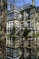 Palacio Zulueta Reflejo (enekopy) Tags: reflejo vitoria palacio zulueta taller alavavision