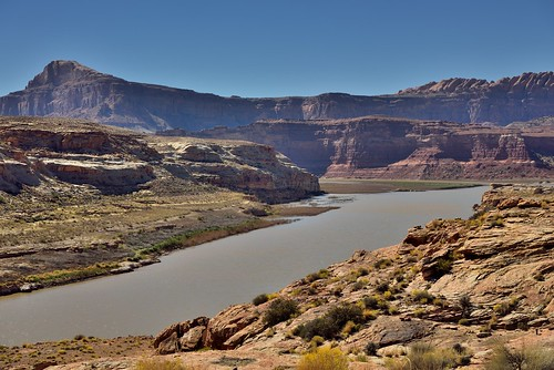 The Colorado River and the Glen Canyon National Recreation Area