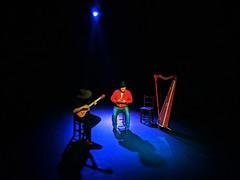 No. 2123 - 1 de junio/19 (s_manrique) Tags: musicos cantante cuatro arpa
