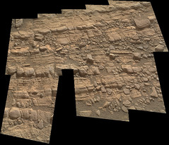 Cracked Rock Panorama 1 (sjrankin) Tags: 5june2019 edited nasa mars msl curiosity galecrater panorama layers rocks cracks dust sand