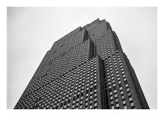 FILM - Rockefeller (fishyfish_arcade) Tags: 35mm analogphotography bw blackwhite blackandwhite canonsureshotz135 filmphotography filmisnotdead hp5 istillshootfilm monochrome newyork analogcamera compact film ilford mono rockefellerbuilding skyscraper