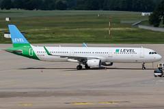 OE-LCP (PlanePixNase) Tags: aircraft airport planespotting haj eddv hannover langenhagen level airbus 321 a321