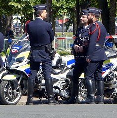 "bootsservice 19 2020728 (bootsservice) Tags: police ""police nationale"" policier policiers policeman policemen officier officer uniforme uniformes uniform uniforms bottes boots ""riding boots"" motard motards motorcyclists motorbiker biker moto motorcycle bmw paris"