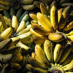 D161113-30249.jpg (vettes.f) Tags: marchés jaune couleur collection lieux thème cambodge krongsiemreap siemreapprovince