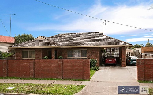 90 Wallace St, Bairnsdale VIC 3875