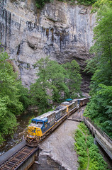 YN2's in The Hole (WillJordanPhoto) Tags: trains railway road virginia csx transportation equipment natural tunnel river statepark