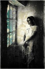 REMY ANNE MARIE 2003 835 V4 (REMYRO) Tags: art beauté beauty concept color couleur coulures femme fenêtre lumière obscur sombre style surréaliste tableau textures