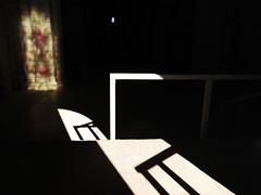 Fantome (Ghost) (Faapuroa) Tags: ombre lumière light star escalier fontevraux abbaye fantôme vitrail satineglass cathédrale gosht nikon p1000 coolpix