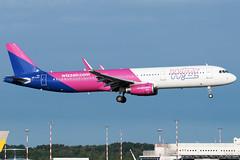 Wizzair Airbus A321-200 HA-LXV | Milano - Malpensa (MXP-LIMC) | 31st May 2019 (Brando Magnani) Tags: