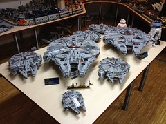 LEGO Star Wars: Falcon Family (jakob.escher) Tags: lego falcon millenium collection star wars moc afol