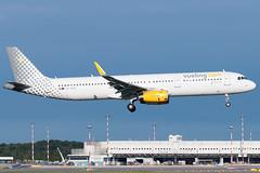 Vueling Airbus A321-200 EC-MGZ | Milano - Malpensa (MXP-LIMC) | 31st May 2019 (Brando Magnani) Tags: