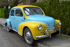 Renault 4cv (Monde-Auto Passion Photos) Tags: voiture vehicule auto automobile renault 4cv petite little bicolore bleu blue jaune yellow ancienne classique collection rassemblement france courtenay