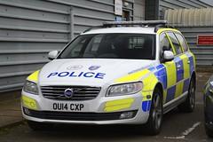 OU14 CXP (S11 AUN) Tags: thames valley police tvp volvo v70 d5 anpr traffic car roads policing unit rpu 999 emergency vehicle ou14cxp