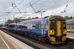 Northern 158870 (Mike McNiven) Tags: arriva railnorth northern dmu diesel multipleunit wigan northwestern manchesterairport manchester airport barrow barrowinfurness