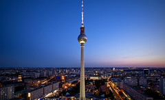 Berlin - TV Tower (Johannes_K) Tags: berlin fernsehturm mitte alexanderplatz park inn parkinn viewing terrance rathaus night lights capital city germany deutschland