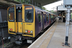 313057 (ANDY'S UK TRANSPORT PAGE) Tags: trains draytonpark class313 tsgn greatnorthern