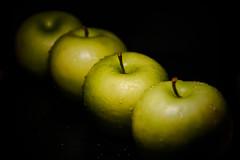 Apples (Jose Rahona) Tags: fruta frutos frutas fruits manzanas apples bodegon stilllife composition verde green