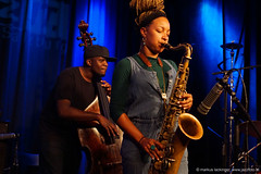 Daniel Casimir: bass / Nubya Garcia: sax (jazzfoto.at) Tags: sonyalpha sonyalpha77ii alpha77ii sonya77m2
